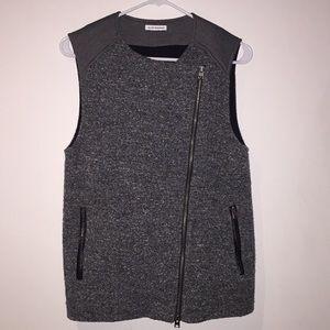 Club Monaco zip up vest